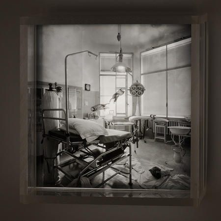Delivery Room,1992,3-20